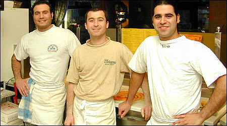 Gänget bakom Lindes godaste pizzor: George, Peshraw & Michel