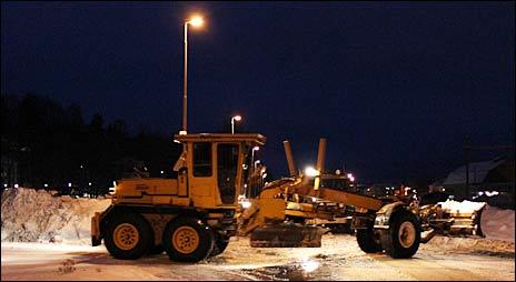 BKT låter väghyveln gå varm innan minusgraderna återvänder
