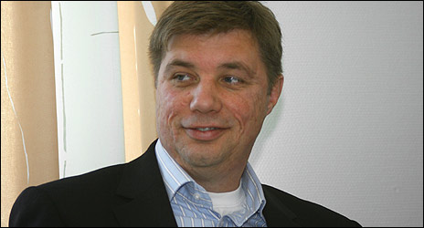 P-O Lindqvist tror att okunskap ligger till grund för sossarnas beslut.