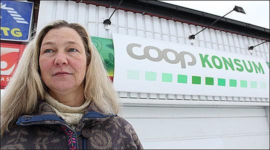 Agneta Nilsdotter vill rädda butiken från nedläggning
