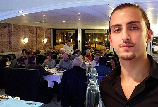 Hasan Agrali fyllde restaurangen när vin var temat. Foto: Gencos och LindeNytt. Bilden är ett montage