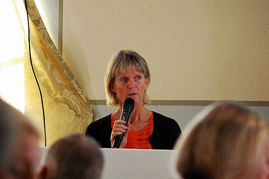 Merit Israelsson vid en företagarfrukost förra året, och nu är det snart dags för Näringslivsdagen! Foto: Ida Lindkvist