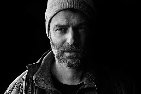 "Lindesonen Jens Östberg har gjort långfilmsdebut med filmen ""Flugparken"". Foto: Marcell Bandicksson"