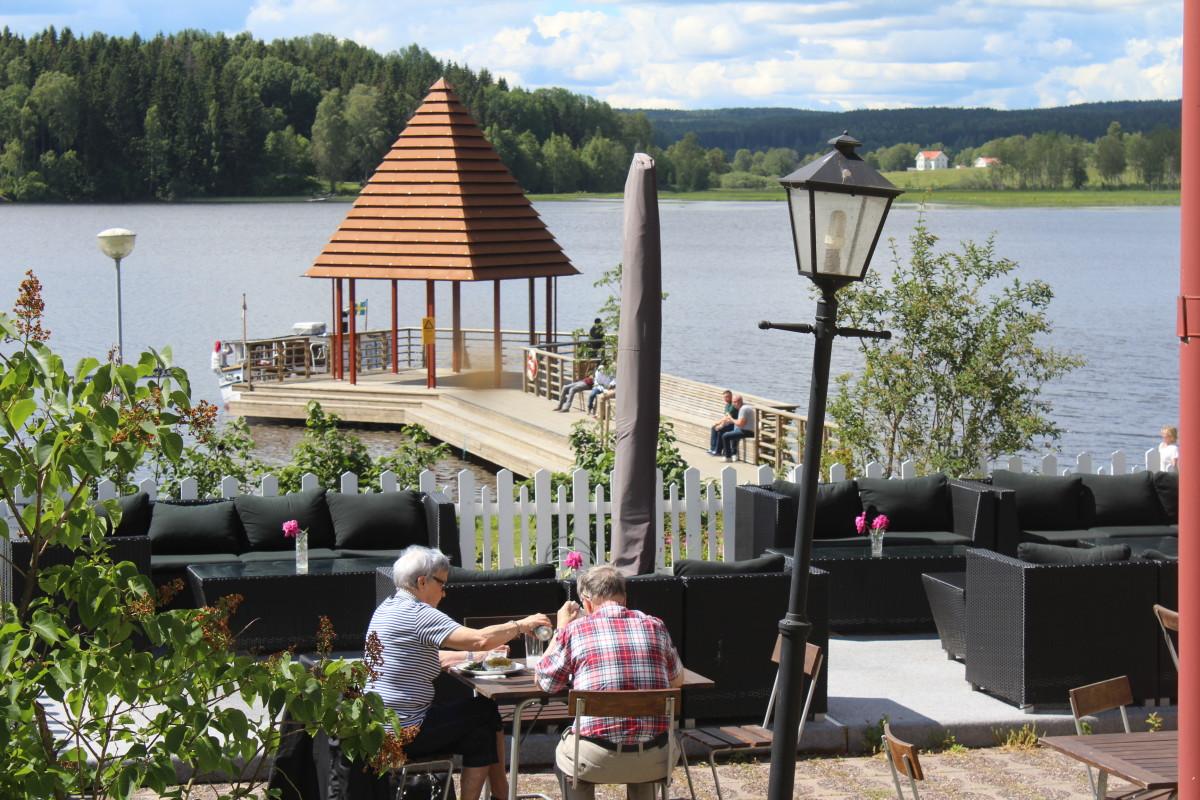 Maten serveras med en fin utsikt. Foto: Ida Lindkvist