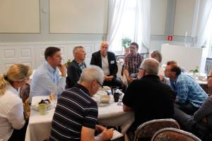 Ett tätt och samlat intresse för presentationen av varumärket Lindesberg. Foto: Hans Andersson