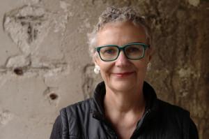 Eva Erbenius är tonsättare och elektronmusiker, som gärna spelar i Lindesberg. Foto: Maja Borg