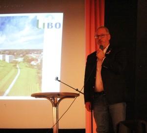 Roger Sixtensson berättade om planerna i Frövi. Foto: Ida Lindkvist