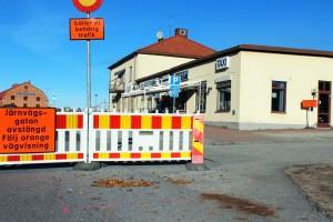 Lätt att bli osäker, men flera skyltar hjälper matgäster att vägledas till Milanos parkering. Foto: Ida Lindkvist