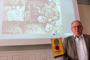 """Med bilden """"Securing the future"""" avslutade Lars Pihl sin presentation av Nammo LIAB på dagens lunchmöte för Rotary. Foto: Hans Andersson"""