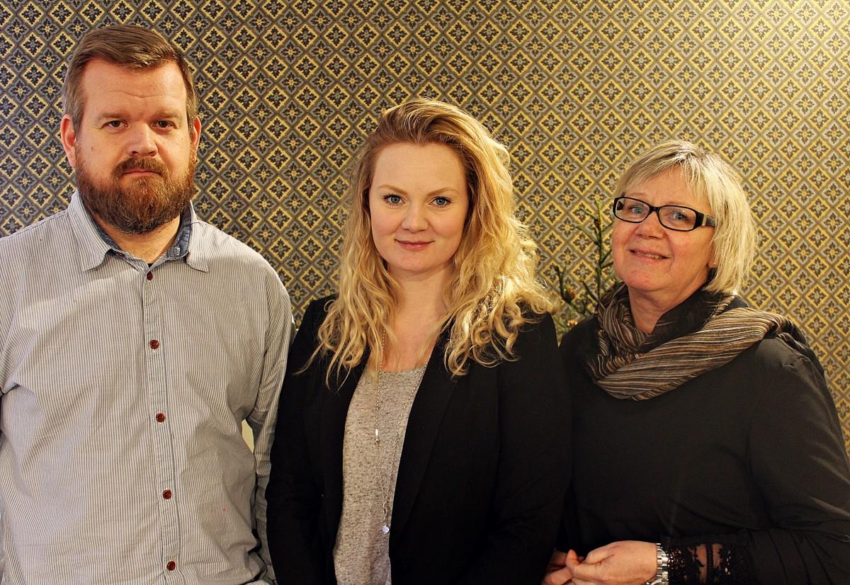 Mattias Gunnarsson, Johanna Fransson och Maria Fransson öppnar snart möbel- och inredningsbutik. Foto: Ida Lindkvist