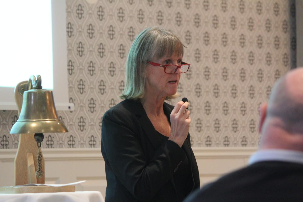 Merit Israelsson, näringslivschef, informerade vid dagens Rotarylunch. Foto: Ida Lindkvist