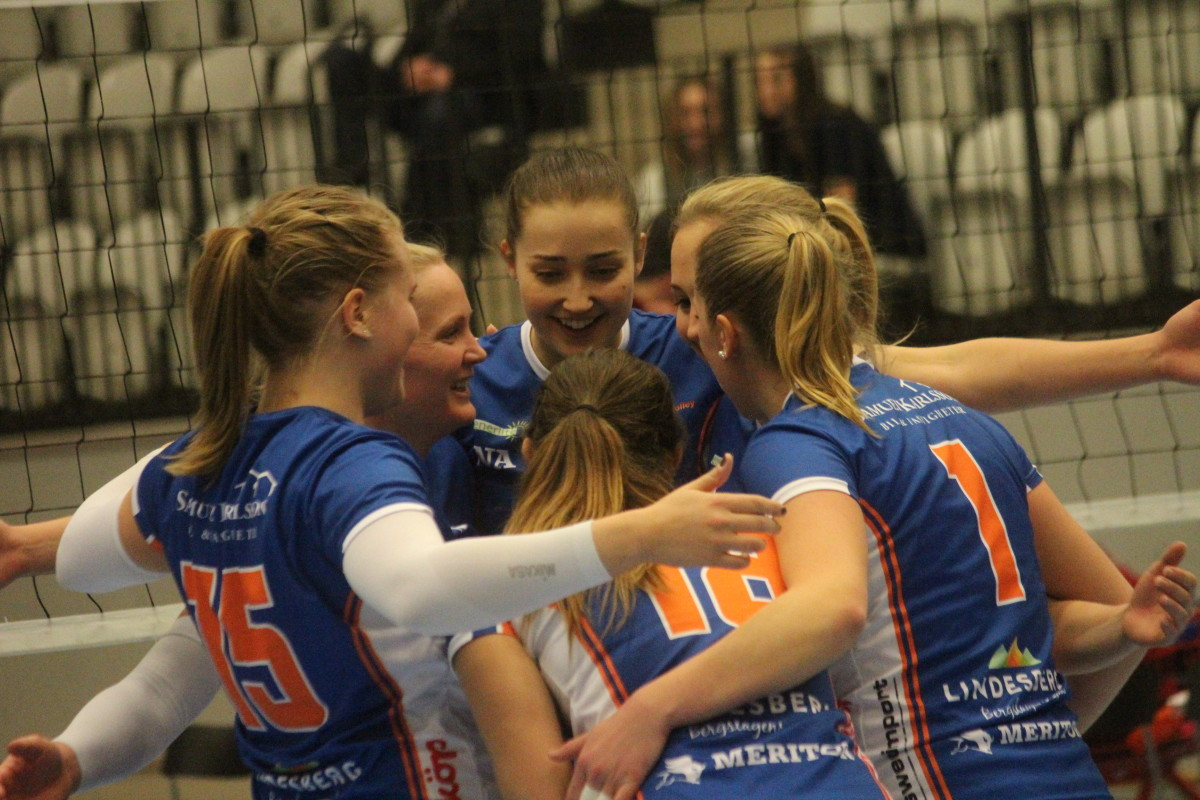 Tack vare segern är Lindesberg Volley nu bara en poäng från fjärdeplatsen. ARKIVFOTO: Hannes Feldin