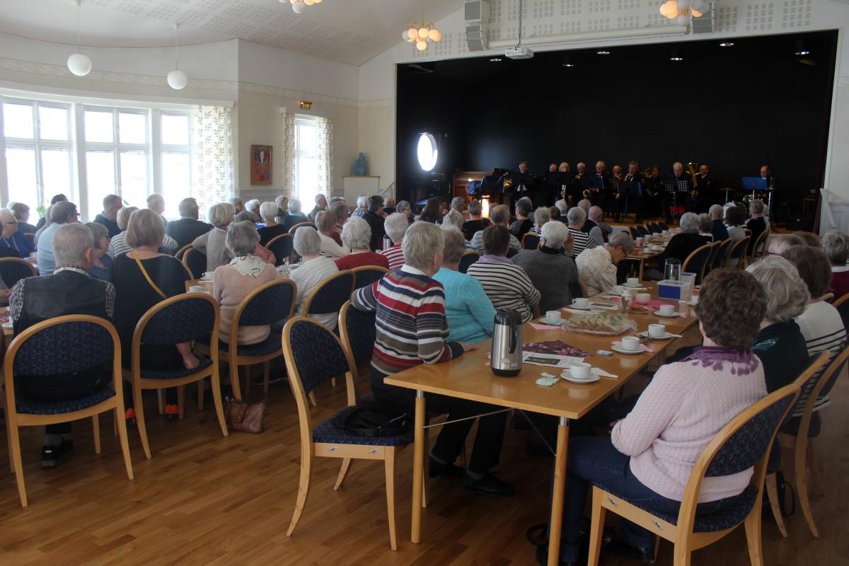 Brott och musik för pensionärsförbundet i Lindesberg. Foto: Ida Lindkvist