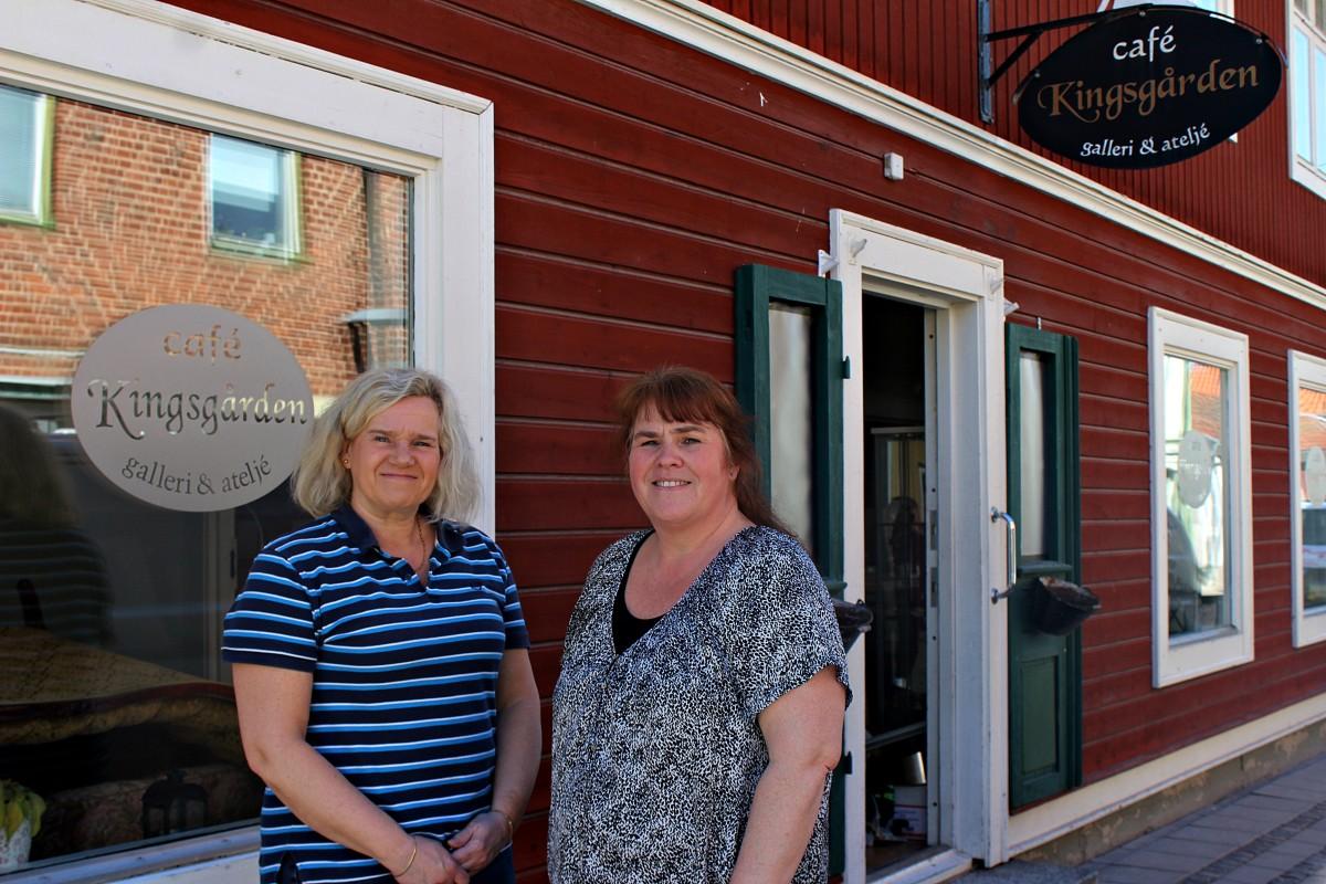 Madelene Stensson tillsammans med Anna Andersson. Foto: Ida Lindkvist
