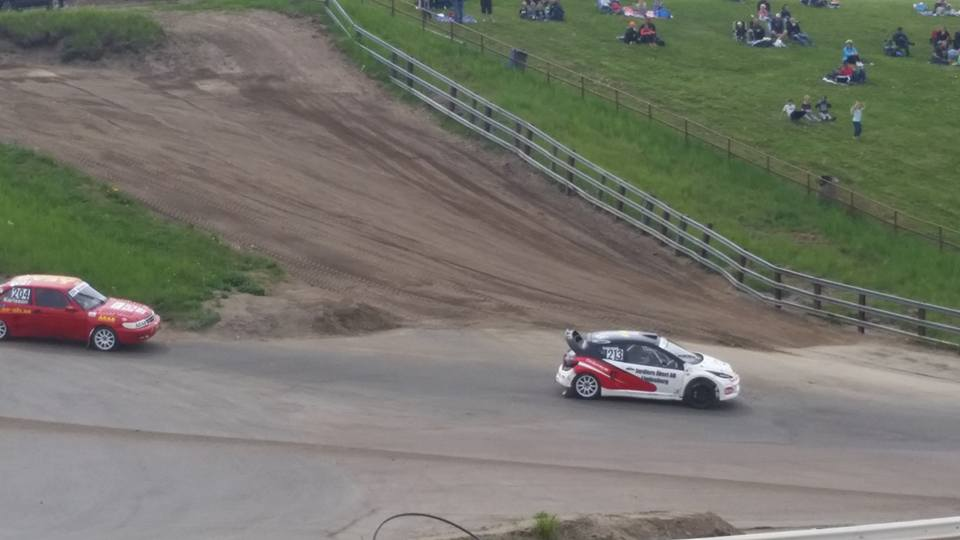 Team Gehrmans sedvanlia Ford var inte färdig att köra under helgens SM. FOTO: Claus Marinus Iversen