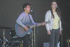 Grainger Rosvärn och Cassandra Hopkins Norberg framförde ett medley. Foto: Ida Lindkvist
