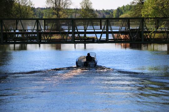 Från och med torsdag 16 juni kan färden per båt upplevas något hindrad i höjd med Gröna bron/Tivoliplanen. Foto: Fredrik Norman