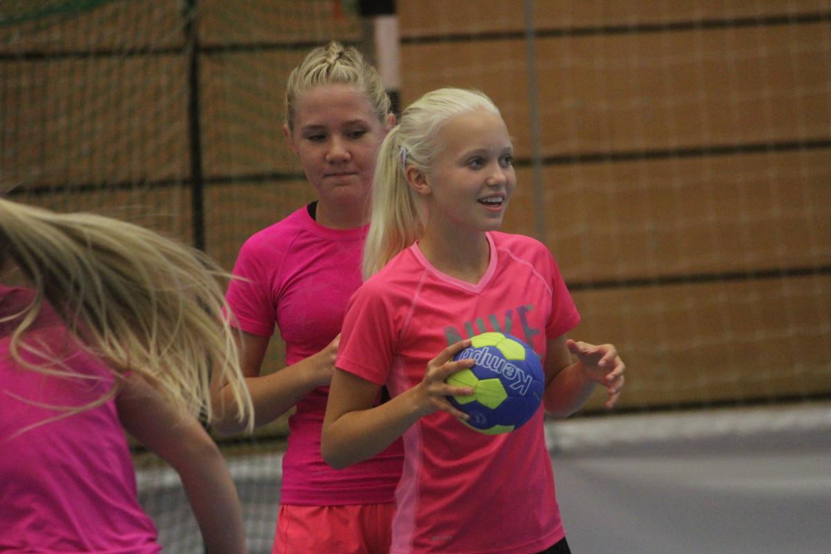 Denna sommar är det ungdomar födda 2001-2004 som deltar på LIF:s Handball Camp. ARKIVFOTO: Hannes Feldin