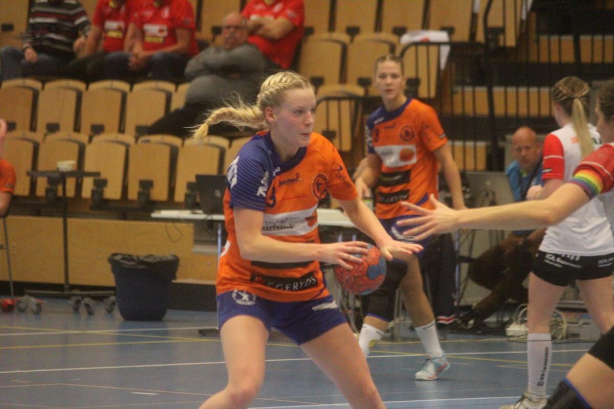 Trots en länge jämn match gick Fia Kruses LIF poänglösa ur hemmamötet med Enköping. FOTO: Hannes Feldin