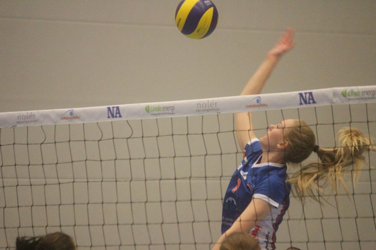 Klara Juneholm är en av tre Lindesbergsspelare som antagits till RIG. ARKIVFOTO: Hannes Feldin