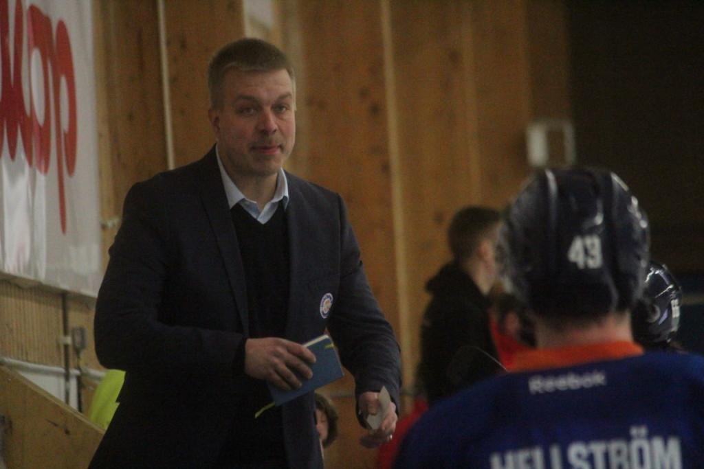 Nio spelare ingår nu i Jussi Salos nya lagbygge. ARKIVFOTO: Hannes Feldin