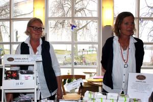 Ywonne Lindberg och Gunilla Borensjö från Bergslagspraliner. Foto: Jennie Larsson