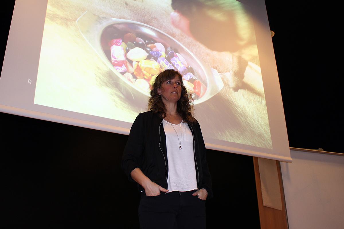Ann Fernholm föreläste i församlingshemmet. Foto: Jennie Larsson