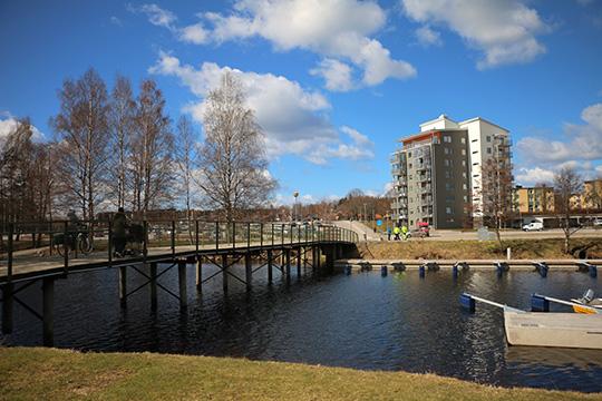 Punkthuset med 22 lägenheter kommer att byggas på södra änden av tivoliplanen. Foto: Fredrik Norman