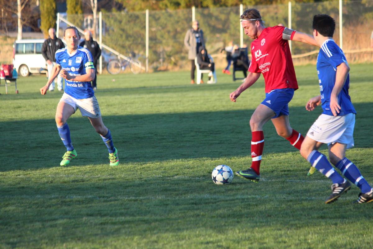 Med dubbla mål såg Johannes Halvardsson till att rädda poäng åt Frövi. ARKIVFOTO: Hannes Feldin