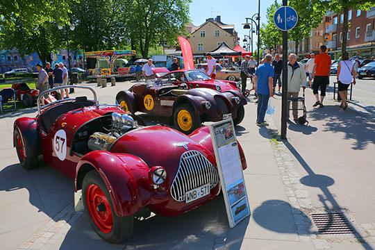 Precis som i fjol ställde Frank Högman ut sina klassiska racerbilar. Foto: Fredrik Norman