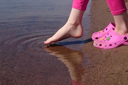 Bakteriefaran är över för den här gången. Nu har vattenkvaliteten vid Loppholmsbadet återställts till det mer normala. Foto: Fredrik Norman
