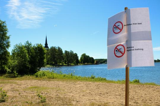 Allmänheten varnas. Mycket höga halter av bakterier är orsaken. Foto: Fredrik Norman