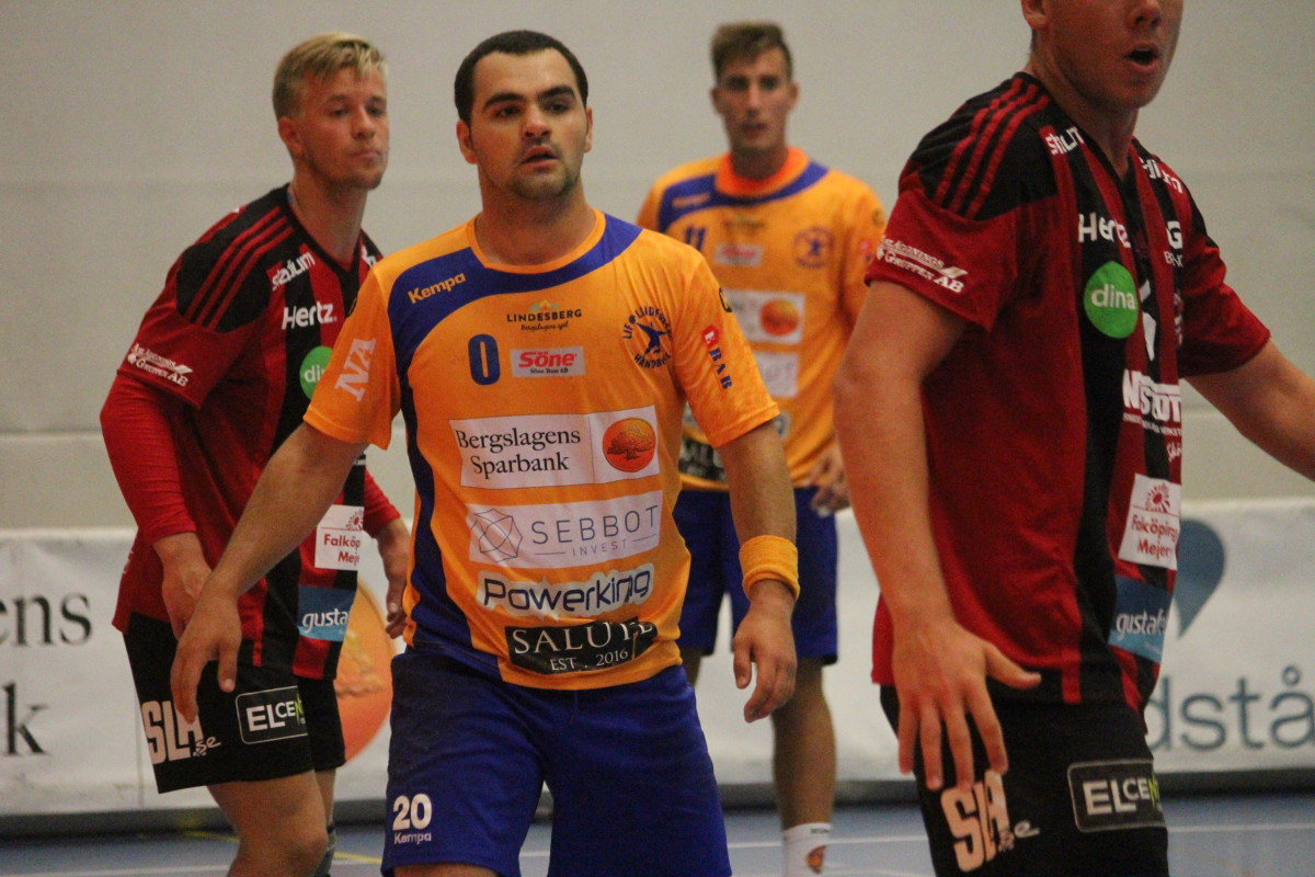 Det blev förlust med två måls marginal för Fatlum Ahmeti och hans LIF Lindesberg. FOTO: Hannes Feldin