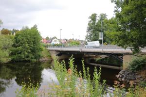 Drygt 10 000 fordon åker över Prästbron varje dag. Foto: Fredrik Norman